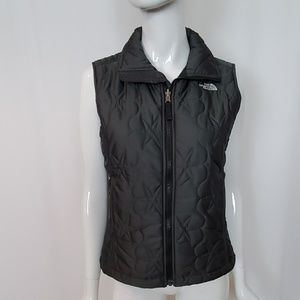 The North Face Petite Grey Zip Front Puffer Vest